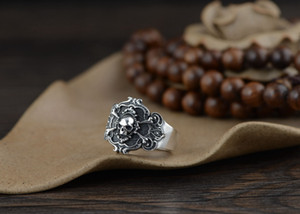 S925 silver retro Thai index finger ring wholesale men's skull bone silver ring