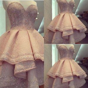 Cristal chérie étagées court mariage Robes de mariée 2019 Blush Pink Sexy Perle Robes Salut Partie basse informelle Robes