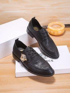 Nouveau style Mocassins Mode Oxford Business Chaussures Hommes Haute Qualité douce Flats Casual Zip Respirant