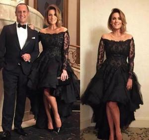 Sexy abiti da sera neri alti da sera per la madre della sposa Scoop Neck Illusione lunga Maniche in pizzo Increspature Prom Abiti da cerimonia Abiti economici