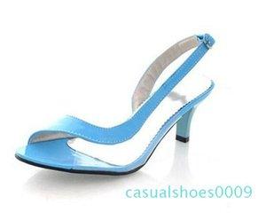 Vente chaude Sandales Big Taille d'été pour dames Sandales Transparent Neon talons bas Designer Shoes Chaussures Femme Casual CC9