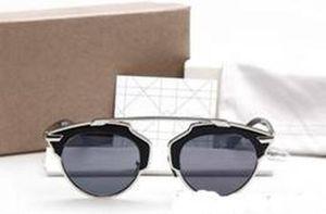 2020 Nouveau design de mode Cd masculin de la marque Femmes Luxe et Kids Lunettes de soleil So Real Box haute qualité