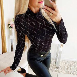 OM9220 camisas das mulheres Women Designer Camuflagem V profundo Low-cut mangas compridas vestir a camisa das mulheres cobre T-shirt da colheita Roupa Camisetas
