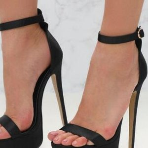 Summer new stylish high quality Hot2019 ladies sexy elegant snake-color buckle dinner shoes heels comfortable 35-40