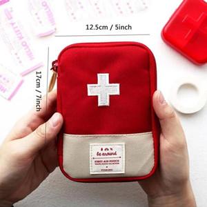 Bolsa de primeros auxilios de viaje de deporte al aire libre Bolsa de supervivencia de emergencia portátil Mini Familia Kit de primeros auxilios Kits de emergencia para el hogar Bolsa médica en casa BC BH1555