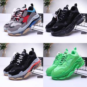 Free Shipping 2020 Running Shoes parte inferiore di cristallo 17W Triple S Luxury Designer Mens Womens papà Piattaforma Vintage Scarpe Sneakers Trainers