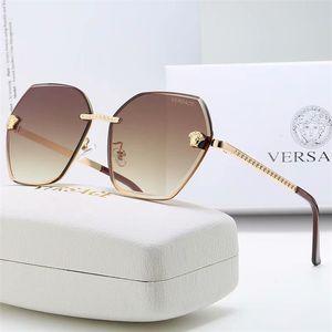 Top-Qualität Luxus-Maxi-Quadrat-Feld Mode-Frauen-Sonnenbrille Designer Driving Millionaire OutdoorSun Brille Adumbral Gläser mit Kasten