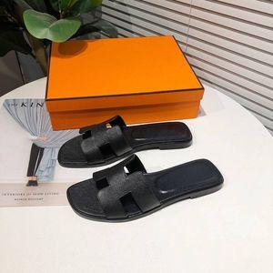 35-42 L25 c bayanlar sandalet ladiessandals kaliteli düz ayakkabı Şeker Renk Açık tatil dışarı 2020 yeni Bayan Yaz kesim