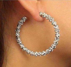L'Europe et les États-Unis géométriques grandes boucles d'oreilles rondes en alliage de zinc boucles d'oreilles irrégulières de l'époque sentiment de bosse pour femme nouvelle chaude