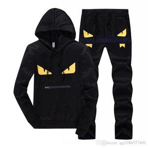 2019 Nouveau Mode Hommes Designer Survêtements Hommes Pull à capuche Yeux jaunes Pull Casual Deux Piece Hot Sale Noir