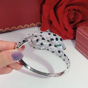 Double leopard head Personality domineering Women's Bracelet Hot Seiko Free shipping Luxurious Dance Bracelet Giving gifts Leopard bracelets