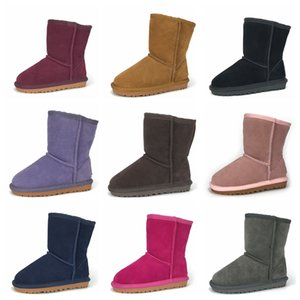 12 colores de botas para niños de diseño para niños nieve Botas Botines de cuero genuino para niños pequeños unisex botas de color sólido media pantorrilla con la caja