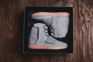 yezzyboost350v2yezzysDesert boot designer Kanye 750 Martin boots fashion luxury basketball shoes star men brand boo