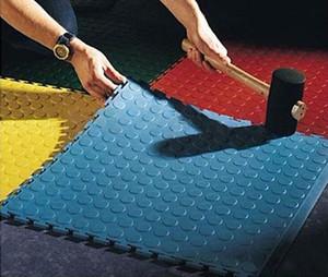 PVC Azulejos Enclavamiento Enclavamiento Ejercicio Gimnasio Planta juega las esteras de protección del azulejo alfombras resistente al desgaste Cmpressive bloqueo de empalme