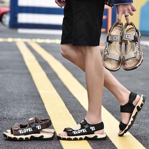 Rinfrescante nuovo stile di estate traspirante antiscivolo open toe dei sandali inferiori molli esterni spiaggia casuale di sport degli uomini