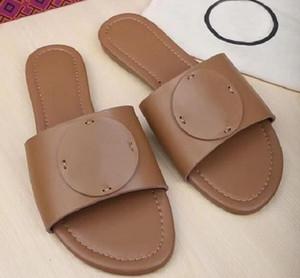couro Designer tenda mulas Chinelos Ladies sandálias de praia Verão Sapatos TB Chinelos