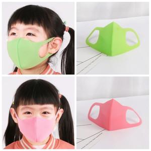 Fabrika! Çocuklar Bisiklet Yüz Maskesi toz geçirmez Koruyucu Ağız Çocuk Temizlik tutun için Anti Polen PM2.5 Çocuk Yüz Maskeleri 3pcs Maskesi