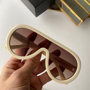 6558 Womens Designer Sunglasses Big moldura quadrada de metal Óculos encantador estilo elegante anti-UV400 óculos de lente de lazer com ca