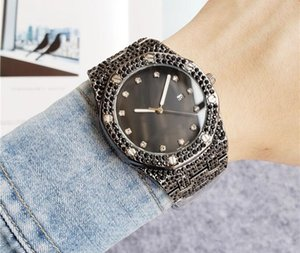 luxury fashion Famous Big luxury wrist watch Ladies Diamond watch Woman Men Rose Gold Wristwatches Quartz Analog clock