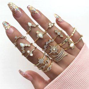 17 Pcs Set Fashion Vintage Crown Midi Finger Ring Geometric Crystal 2019 Female Gold Finger Ring Set Charm Party Wedding Jewelry
