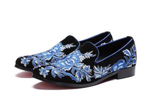 Moda Top Men Dress Flock scarpe da uomo blu Handmade ricamo Slip-on del partito Flats fannulloni uomo Wedding Shoes 38-46