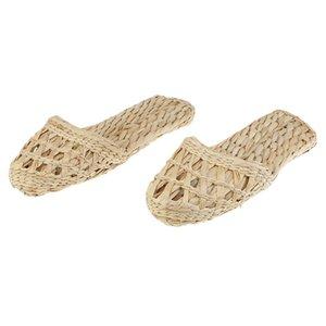 1 Pair of Handmade Straw Rattan Knitted Slippers Summer Sandals Flat Sandal Slipper Radom Ship