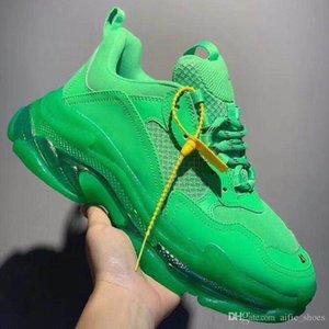 Triple-S 17FW Clear Sole neon green Dad Shoes for Women Men Luxury Grandpa Trainer Vintage Triple S Sneakers bubble Bottom Sports Tennis