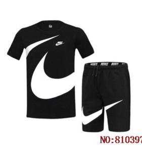Şort + Tshirt Running Yaz Kısa Kollu Sportsuit Marka Erkek Tasarımcı Eşofman Lüks Erkek Üst Ve Şort Suits ayarlar 20033101L