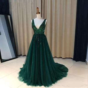 2020 Evening Dresses A Line V Neck Sequines Tulle Prom Dresses Sweep Train Backless Red Carpet Dress