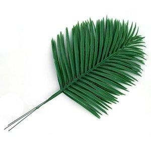 Hojas de palma artificiales 10pcs Plantas verdes falsas Planta artificial decorativa para la decoración de la boda en el hogar 54 cm de largo