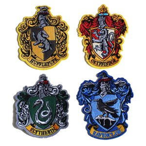 PGY Harry Potter adesivi Badge Embroideried Iron On Patch per abbigliamento Jeans Grifondoro Hogwarts Serpeverde Patch Decor