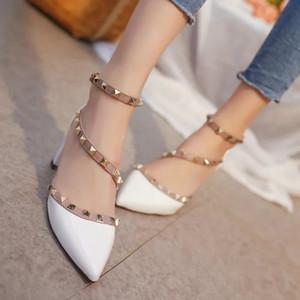 Весна и лето 2019 Новые клепаные сандалии женские Туфли на высоком каблуке Liuting Tip Женская обувь на каблуке из лаковой кожи Полые женские