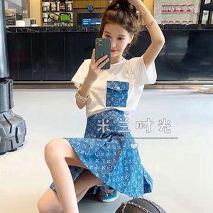 Web ünlü yaz 2020 kadın instagram moda elbise Kore yüksek bel pilili etek + kısa kollu tişört iki parçalı set