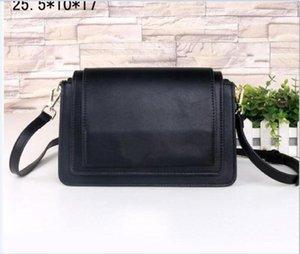 Vente noir chaud sacs à main mode vintage femmes sac hobo mini sac dames en cuir pack chaîne Diversified sac enveloppe Casual