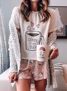 Eşleştirme Şort ile Moda Kadınlar Ev Giyim Suit Desen Parint T Gömlek Kız pijamalar Pijama Rahat Ev Giyim geceliğini Soğuk