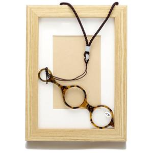 New Folding Reading Glasses Nose Clip Portable Mini Men's Eyewear High Quality Women Men Glasses +1.00 to +4.00