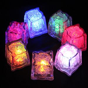 cubos de gelo simulação Led Luzes Polychrome flash gelo líquido Sensor de incandescência Ice Cube submersíveis Luzes Decor Light Up Bar da festa de casamento Clube