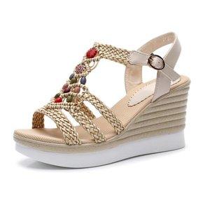 Yeni Saman Kadın Sandalet Platformu Moda Takozlar Kadın Peep Toe Bayanlar Toka Askı Sandalet Ayakkabı Pompalar AB Boyutu: 35-40 ADF-847