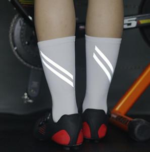 للجنسين ركوب الدراجات الجوارب الرجال في الهواء الطلق جبل الرياضة ارتداء الطلاء المقاوم الدراجة الأحذية على الطريق دراجة الجوارب سباق الجري كرة السلة جبل MTB سوك # QX31