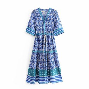 2020 new 3color European and American fashion womens Vneck thin and hollow positioning flower dress long skirt international station hot sal