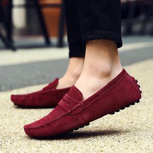 Homens Sapatos Mocassim de couro de vaca Genuine Suede deslizamento em sapatas de couro Casual Loafers Sepatu Pria Zapatos Hombre Mocassin Homme