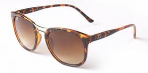 Modell SonnenbrilleRAYBAN polarisierte Frau, superleichte Design Schutz sungass Brillengläsern de culos packag