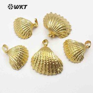 WT-JP018 Full Gold Dipped Natural Scallop Shell Colgante Tamaño aleatorio Raw Shell Colgante para las mujeres que hacen moda collar colgante