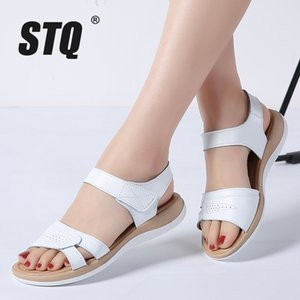 STQ 2020 sandalias de mujer verano sandalias planas de cuero genuino correa de tobillo planas señoras gladiador blanco 1805
