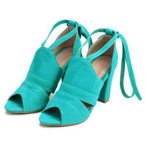 лето на высоких каблуках боковой лямок сандалии зеленой Sandalia feminina партии ботинки платья женщины сексуального писк Toe насосы повседневной обувь
