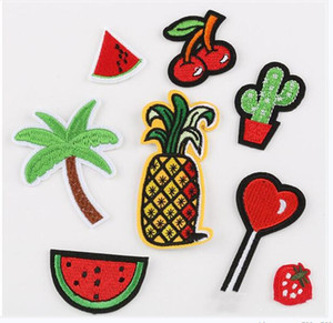 Modello 8Pcs / Set ricamo Patch frutta Cactus di noce di cocco cuore Applicazione per il sacchetto cappello a cilindro pantaloni Patches del tessuto dei vestiti adesivi