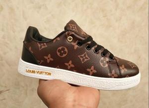 Mode pour hommes femmes Chaussures de designer ace Casual Chaussures avec baskets abeille faible rivet paillettes avec une taille de qualité supérieure 35 à -46 à vendre