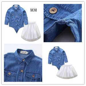 2020 INS Frühling Eltern-Kind-Ausstattungs-Klage-Kleid Netten Jeans Langarm-T-Shirts + Gazerock 2PCS Kleidung Sets Mo-Tochter Kleidung E21905