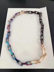2019 Lancé dans le collier de luxe Bracelet designer à la mode coloré marque chaîne collier lettres LOGO pour hommes et femmes Festival cadeaux