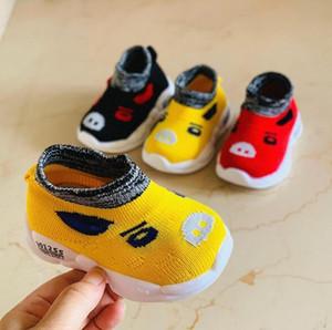 Calçados infantis de malha Meias Sapatos Outono Nova Crianças do bebê da criança sapatos respirável dos desenhos animados Caterpillar Sneakers Amarelo Vermelho B